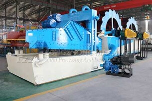 Dual wheel sand washing and recycling machine work place