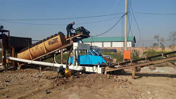 Simple installation sand classifier