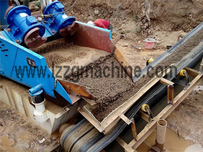 sand washer and dewatering screen